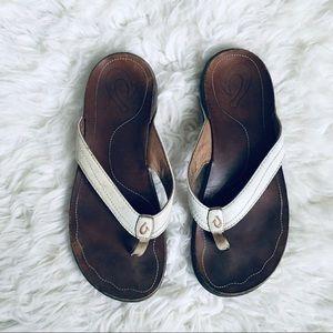 OluKai Kumu White Flip Flop Sandals Leather 9